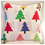 The Strawberries for Christmas PDF patchwork pattern Make a cushion or a mini quilt